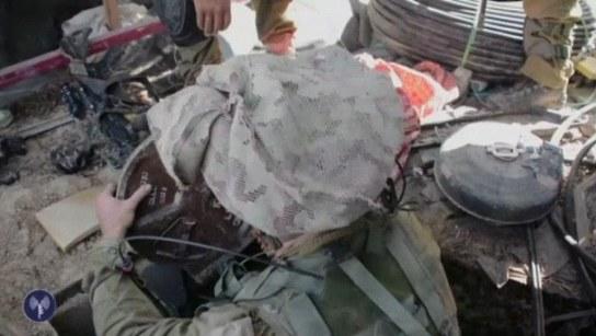 6_IDF_Paratroopers_Blow_Up_