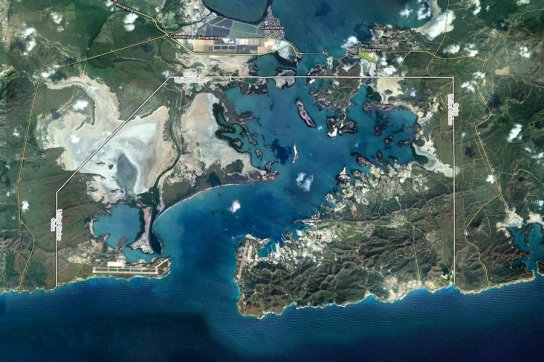 guantanamo-naval-base-sits-on-both-sides-of-the-bay-on-the-southern-tip-of-cuba