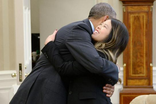 Nurse-Nina-Pham-declared-free-of-Ebola-meets-President-Obama