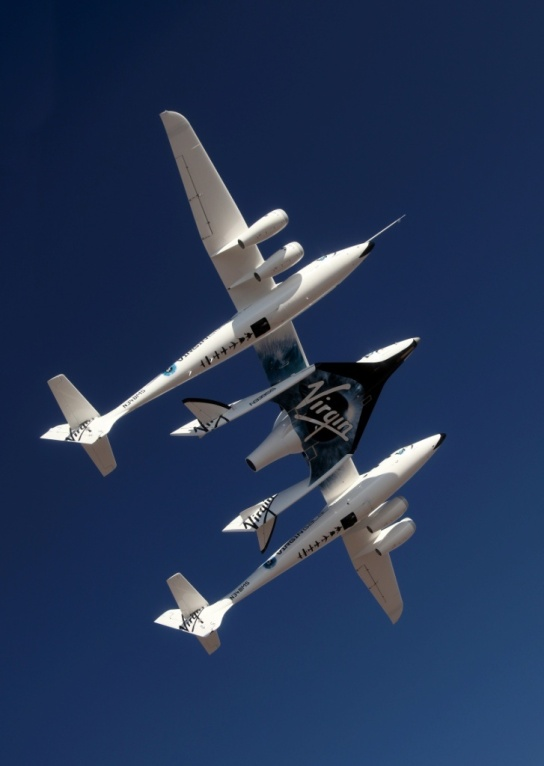 WhiteKnight2 and SpaceShip2 over the Mojave, Ca area July 15, 2010.