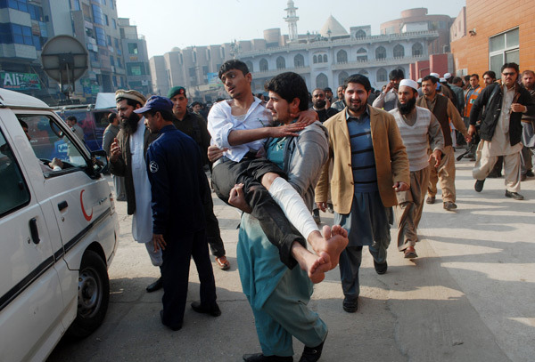 peshawar-attack-world-prays-after-violent-school-massacre-pakistan-landov