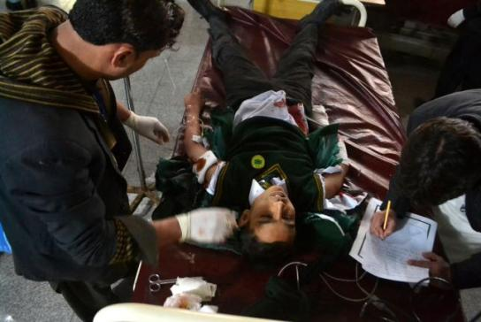 Taliban-attack-on-Pakistan-school-kills-141-mostly-children (3)