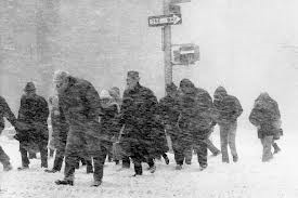 Weather_snowypedestrians