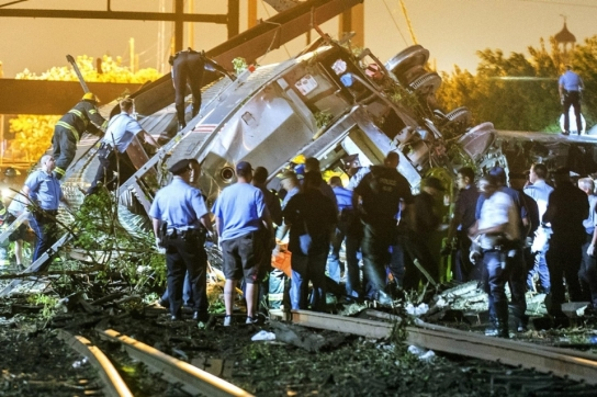 image.adapt.960.high.amtrak_train_derailment
