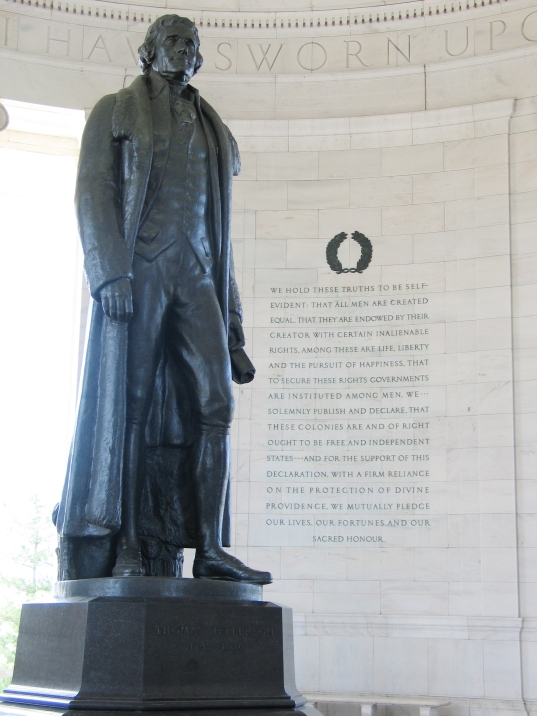 Jefferson_Memorial_with_Declaration_preamble