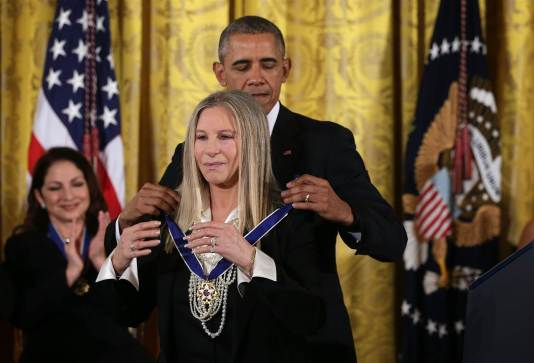 151124-obama-medal-of-freedom-streisand