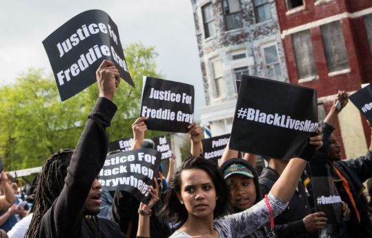 demonstrators-protesting-the-death-of-freddie-gray-in-baltimore